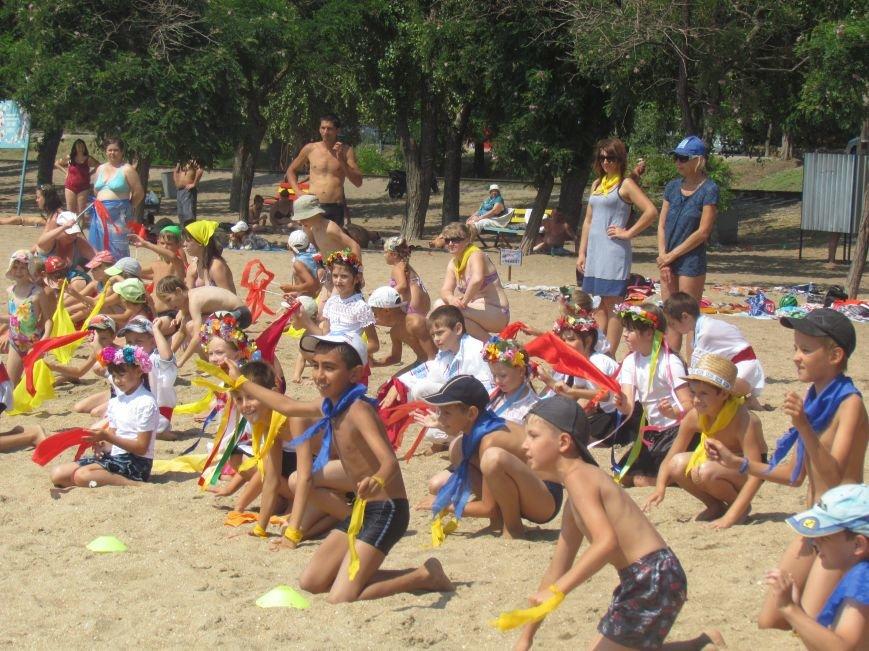 Дети Мариуполя устроили флеш-моб в честь Дня металлурга (ФОТО), фото-12