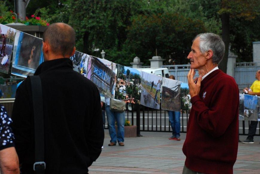 Мариупольцы устроили фотовыставку под стенами Верховной Рады (ФОТОРЕПОРТАЖ+ВИДЕО), фото-17