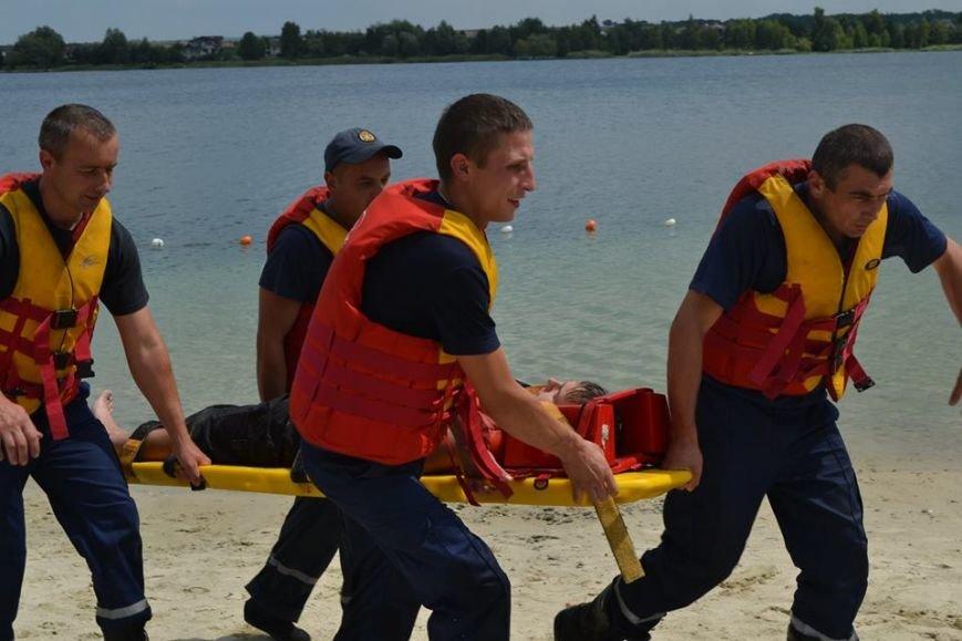 Рятувальники навчали львів'ян безпечній поведінці на воді (ФОТО+ВІДЕО) (фото) - фото 4