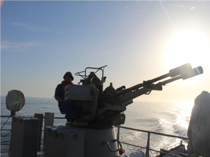 Боевые корабли ВМС Казахстана развернули стрельбы на Каспии, фото-5