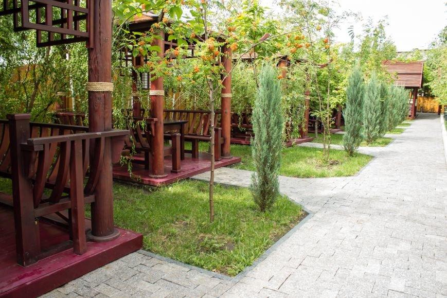 Китайский дворик в ГУСТОнаселенном районе, фото-1