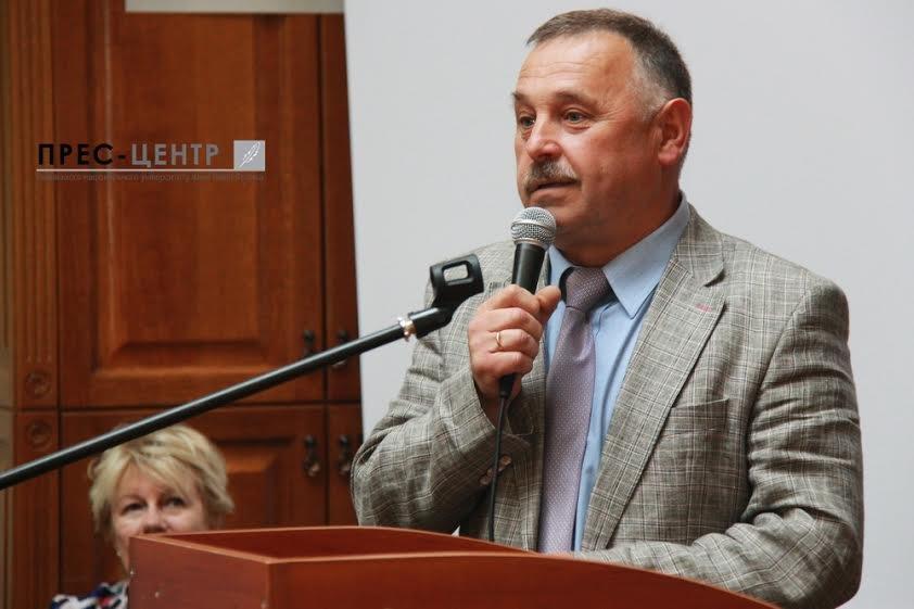 Посол Франції в Україні Ален Ремі здійснив візит до Наукової бібліотеки Університету імені Івана Франка (фото) - фото 5