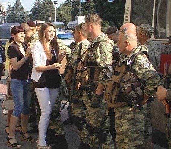 Из Запорожья в зону АТО отправился сводный отряд милиции (ФОТО) (фото) - фото 1