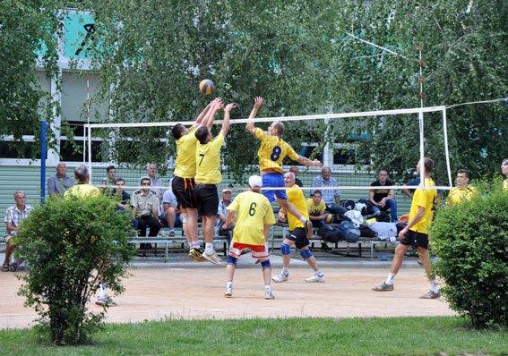 Завершився чемпіонат з волейболу серед правоохоронців Полтавщини. Фото (фото) - фото 1