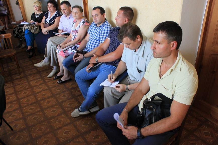 Жители Артемовска жалуются мэру на работу коммунальных служб, фото-2