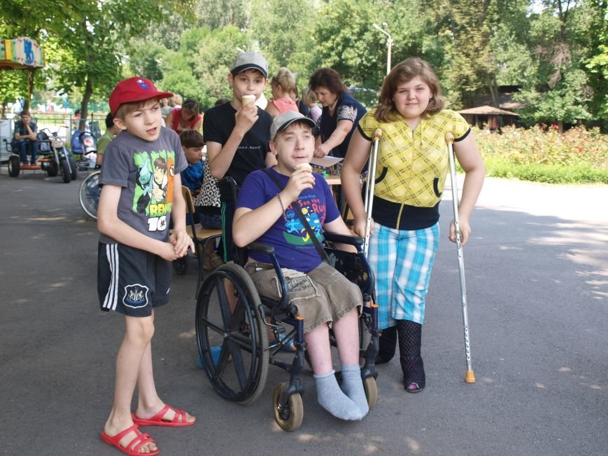 В Днепропетровске прошел праздник для детей с нарушениями опорно-двигательного аппарата (фото) - фото 1