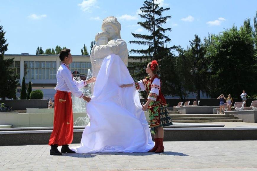На Ингульце ко Дню металлурга открыли скульптуру «Влюбленные» (ФОТО), фото-3