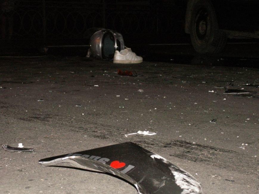 Мотоцикліст насмерть врізався в таксі (фото) - фото 2