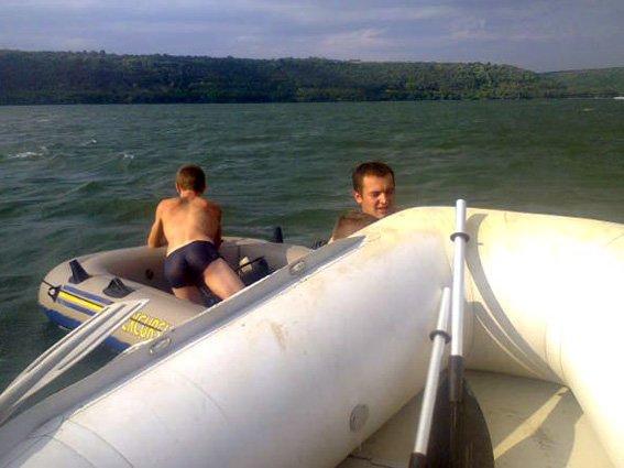 На річці Дністер врятовано 9 людей (фото) - фото 1