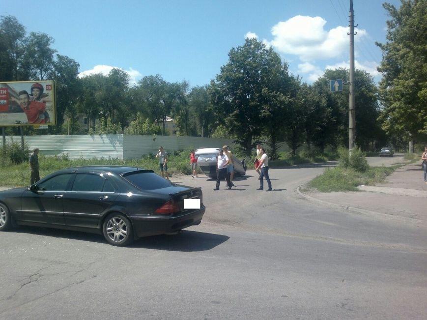 ДТП, удивившие жителей Днепродзержинска в эти выходные (фото) - фото 2