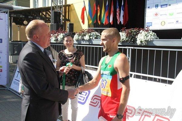 Гродненец получил пробежал марафон Дружбы за 2,5 часа и получил тысячу долларов (фото) - фото 3