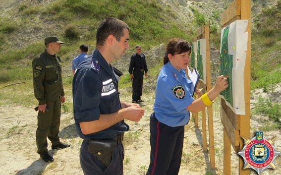 Красноармейские правоохранители отработали на полигоне навыки огневой подготовки (ФОТО) (фото) - фото 5