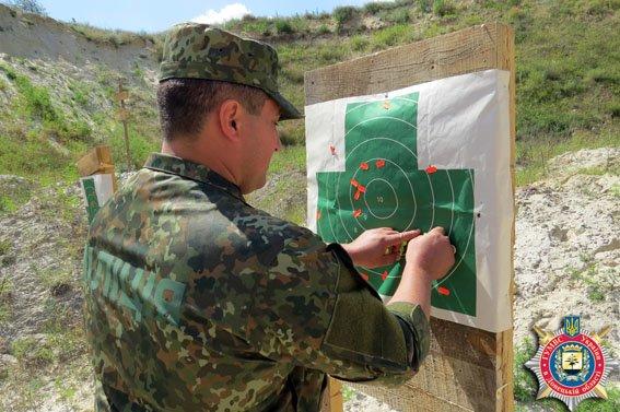 Красноармейские правоохранители отработали на полигоне навыки огневой подготовки (ФОТО) (фото) - фото 6