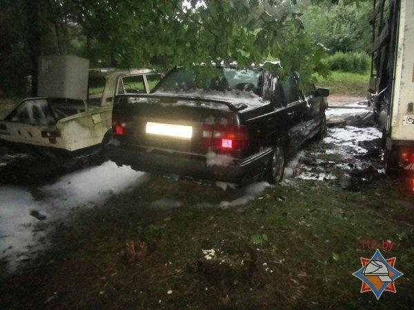В Пышках из-за короткого замыкания сгорело четыре автомобиля (фото) - фото 6