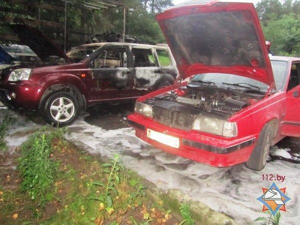 В Пышках из-за короткого замыкания сгорело четыре автомобиля (фото) - фото 5
