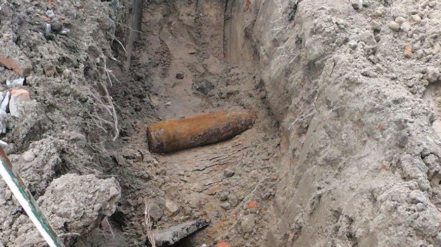 Сегодня около ж/д станции Кременчуг был найден артснаряд времён Второй мировой войны (ФОТО) (фото) - фото 1