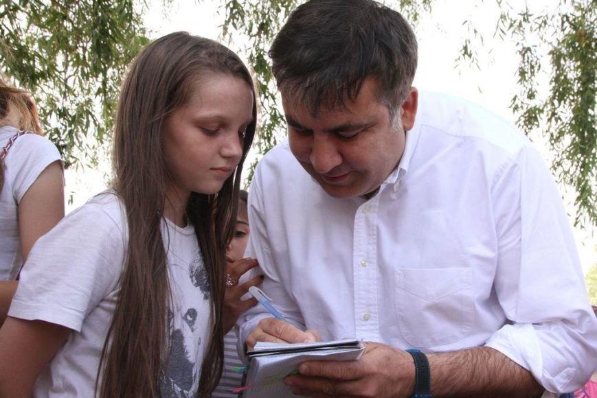 Черниговцы радостно встретили Саакашвили, фото-4