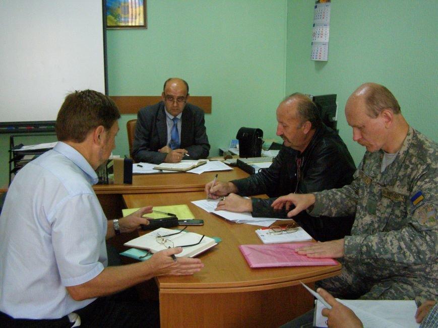 Київські та полтавські освітяни перевірили підготовку до військово-патріотичної спортивної гри «Джура» (фото) - фото 1