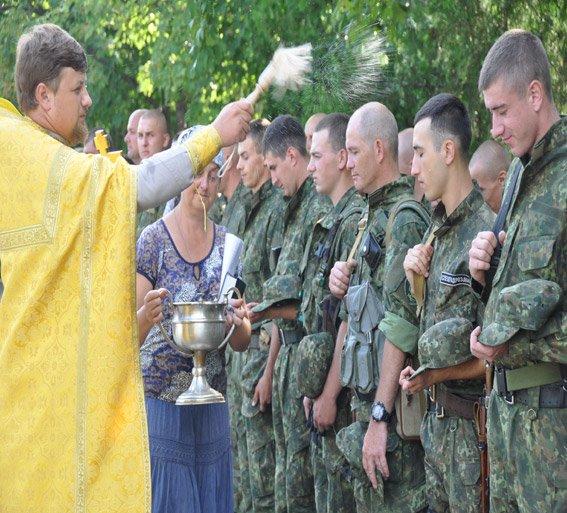 Николаевский спецназ сменил на «передовой» своих товарищей (ФОТОРЕПОРТАЖ) (фото) - фото 2