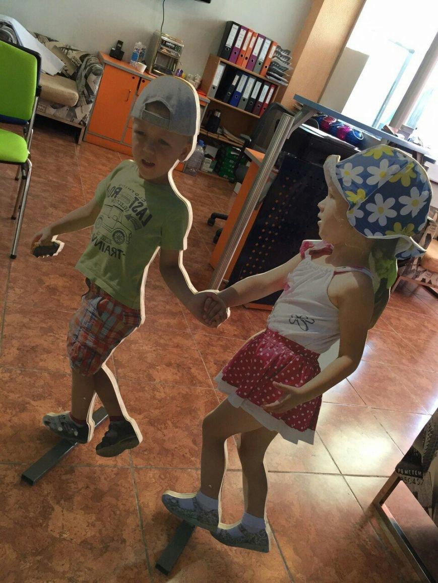 Макеты маленьких детей планируется установить на пешеходных переходах в Актау (фото) - фото 2