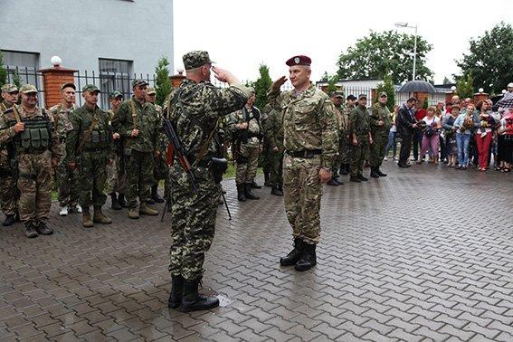 Зі сходу додому: 60 правоохоронців повернулися на Хмельниччину (ФОТО) (фото) - фото 3