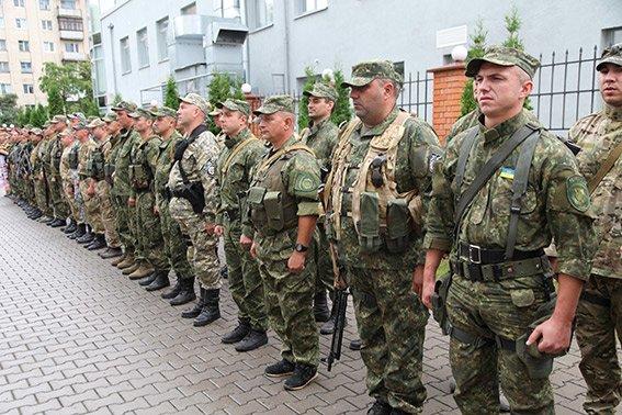 Зі сходу додому: 60 правоохоронців повернулися на Хмельниччину (ФОТО) (фото) - фото 2