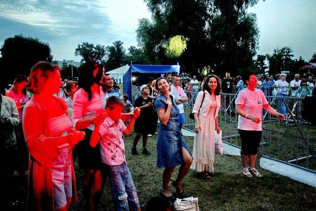 Концерт кращих в Україні виконавців авторської пісні та поп-класики тріо «S-Klass» пройшов за підтримки Геннадія Корбана, фото-9