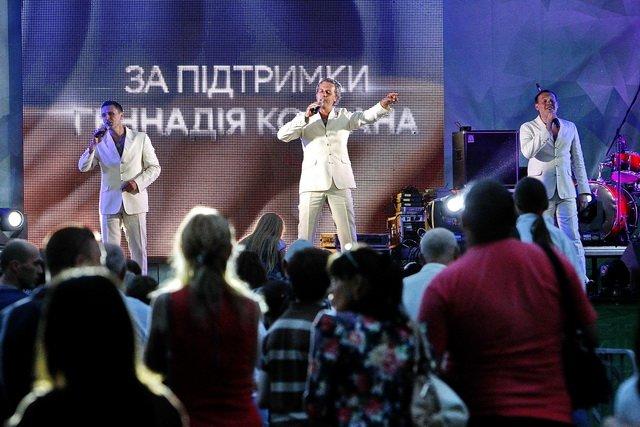 Концерт кращих в Україні виконавців авторської пісні та поп-класики тріо «S-Klass» пройшов за підтримки Геннадія Корбана, фото-4