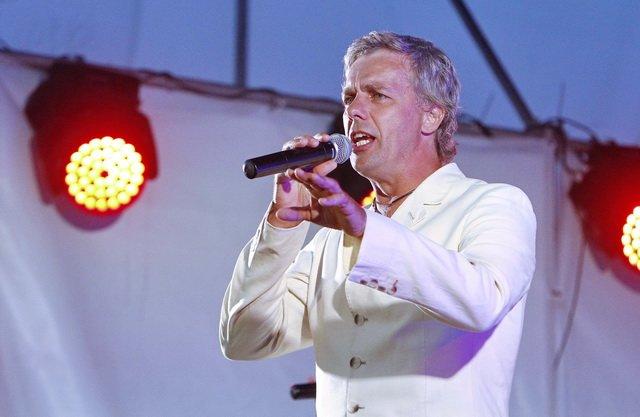 Концерт кращих в Україні виконавців авторської пісні та поп-класики тріо «S-Klass» пройшов за підтримки Геннадія Корбана, фото-8