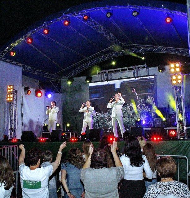 Концерт кращих в Україні виконавців авторської пісні та поп-класики тріо «S-Klass» пройшов за підтримки Геннадія Корбана, фото-23
