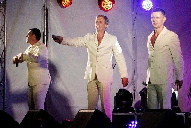 Концерт кращих в Україні виконавців авторської пісні та поп-класики тріо «S-Klass» пройшов за підтримки Геннадія Корбана, фото-21