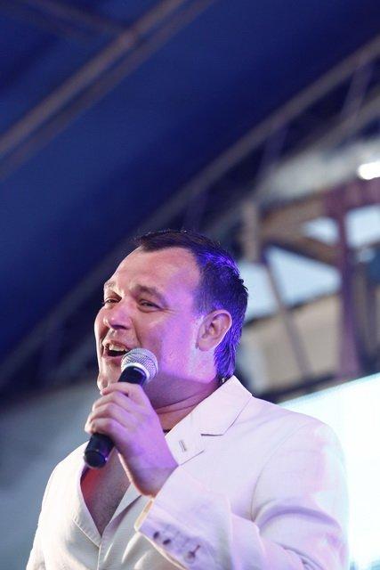 Концерт кращих в Україні виконавців авторської пісні та поп-класики тріо «S-Klass» пройшов за підтримки Геннадія Корбана, фото-6