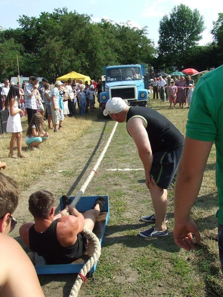На Тернопільщині провели турнір з козацького багатоборства (фоторепортаж) (фото) - фото 2