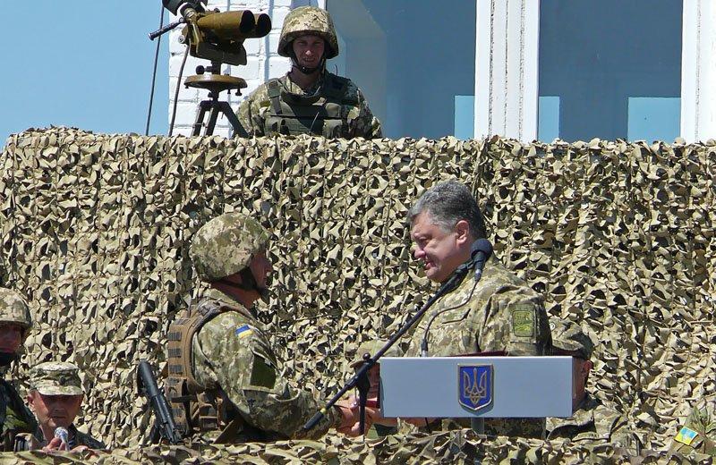 Порошенко отправил морских пехотинцев с полигона Николаевщины прямиком в АТО (ФОТОРЕПОРТАЖ) (фото) - фото 3