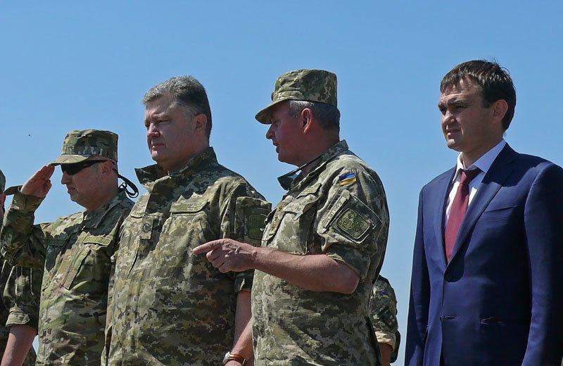 Порошенко отправил морских пехотинцев с полигона Николаевщины прямиком в АТО (ФОТОРЕПОРТАЖ) (фото) - фото 9