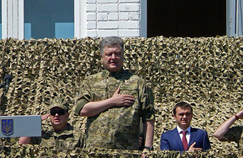 Порошенко отправил морских пехотинцев с полигона Николаевщины прямиком в АТО (ФОТОРЕПОРТАЖ) (фото) - фото 1
