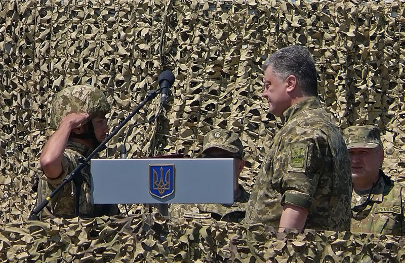 Порошенко отправил морских пехотинцев с полигона Николаевщины прямиком в АТО (ФОТОРЕПОРТАЖ) (фото) - фото 2