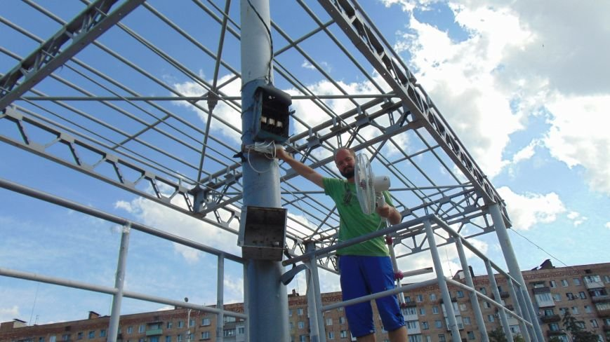 В Мариуполе молитвенное место осталось без энергии (ФОТО) (фото) - фото 1
