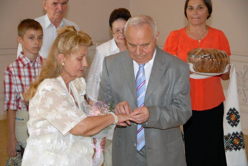 У Чернівцях відзначили «золоте» весілля подружжя-медики, фото-1