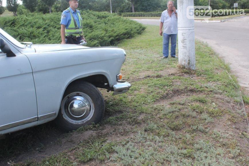 В Днепродзержинске на развилке в районе Набережной произошло ДТП (фото) - фото 2