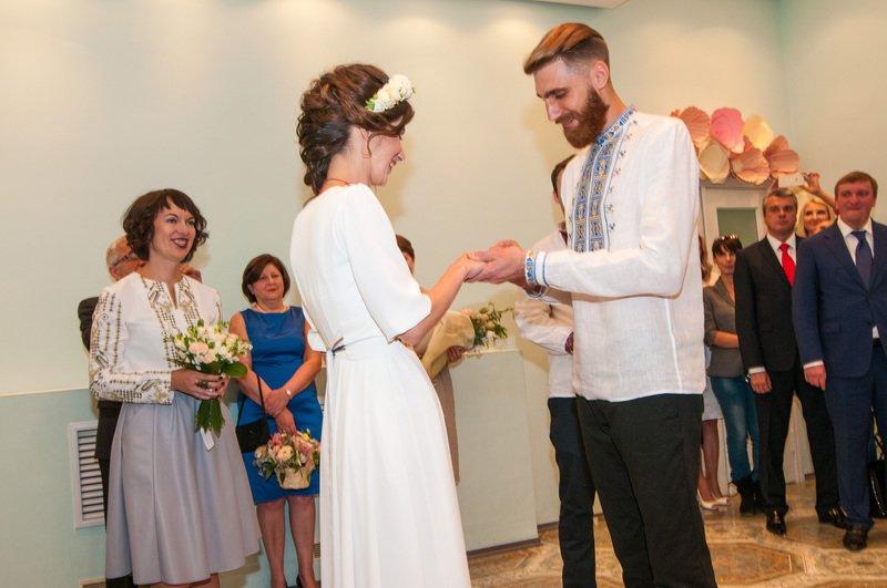 На Днепропетровщине первая в Украине пара поженилась онлайн (фото) - фото 3