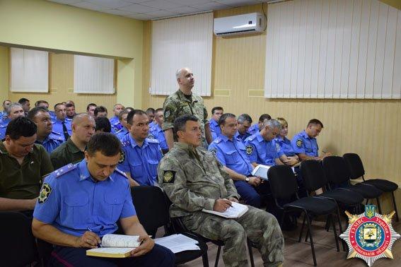 В Краматорске состоялось оперативное совещание руководства областной милиции (фото) - фото 1