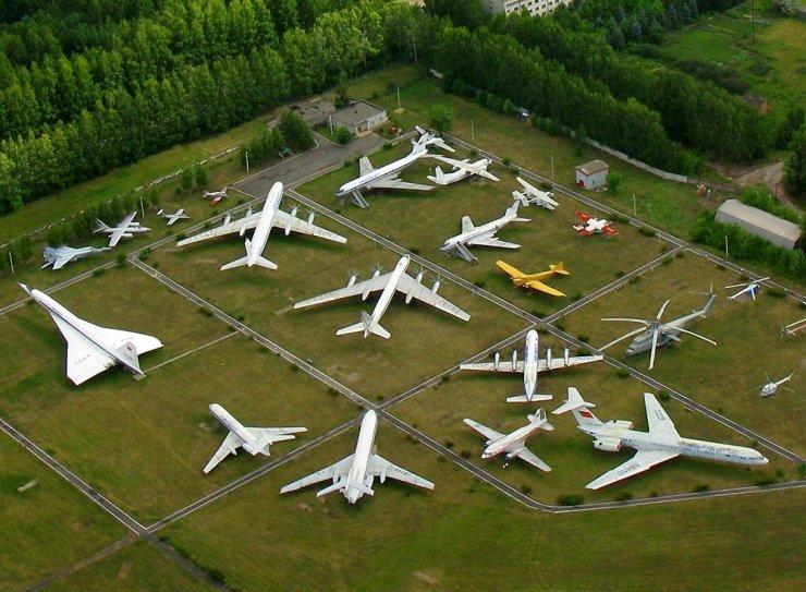 самолет музей