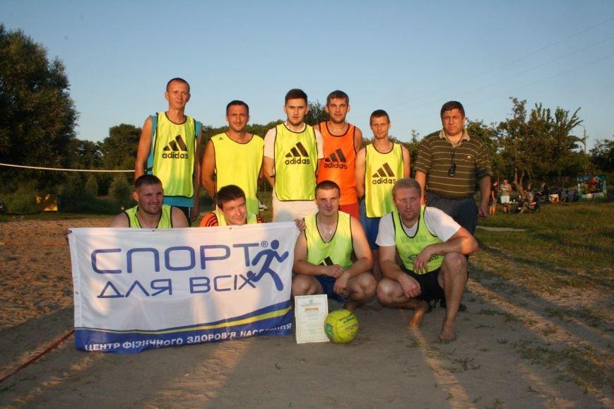 У Конотопі на змаганнях з пляжного футболу перемогла команда вулиці Лісового(ФОТО), фото-7
