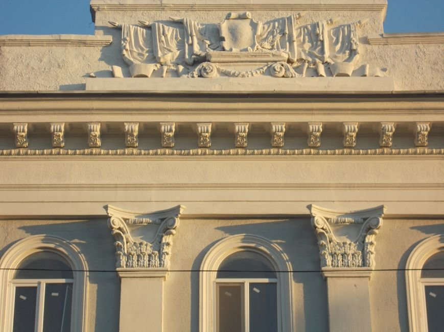 Декомуннизация в Бердянске началась со здания бывшего райотдела милиции (фото) - фото 2