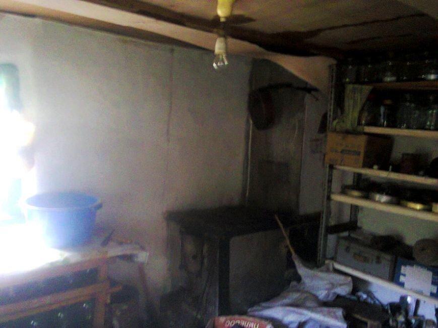 На Полтавщині через піч виникла пожежа у приватному господарстві (фото) - фото 1