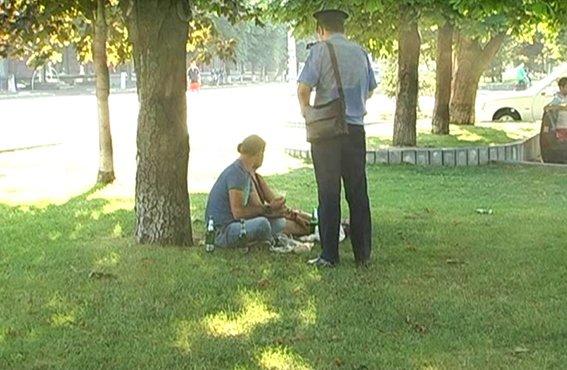 Правоохранители  предупредили об административной ответственности за распитие спиртного и курение в общественных местах (ФОТО) (фото) - фото 2
