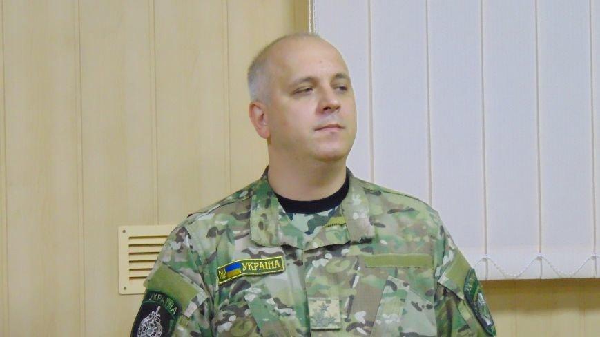 Мариуполю с шутками представили нового начальника милиции (фото) - фото 1