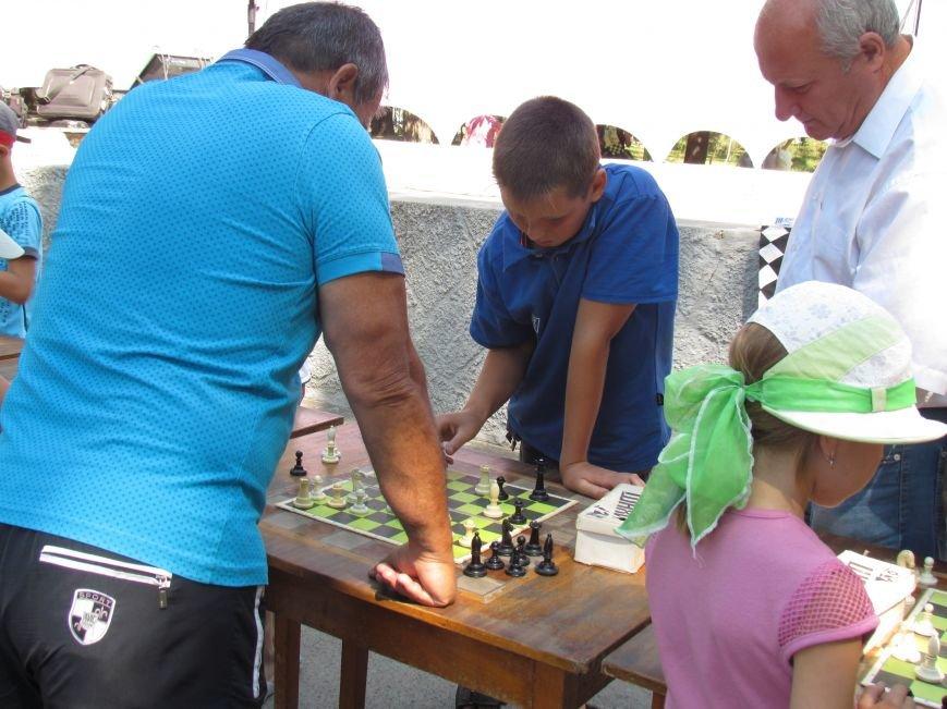 Мариупольские дети побывали в шахматном королевстве (ФОТО), фото-2