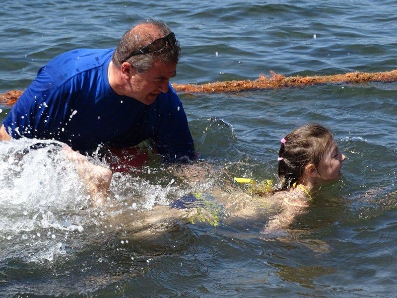 Севастопольские спасатели учат детей плавать (ФОТО), фото-4
